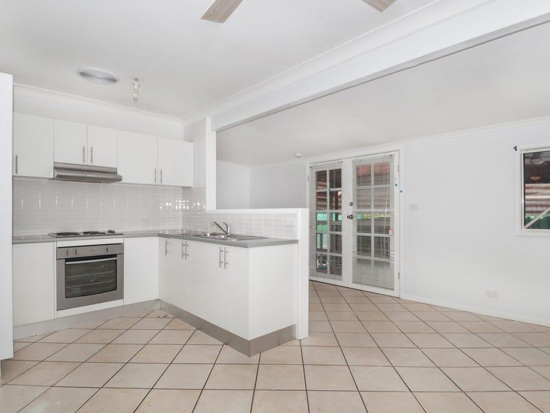 10 Glenora Place, Koonawarra, NSW 2530