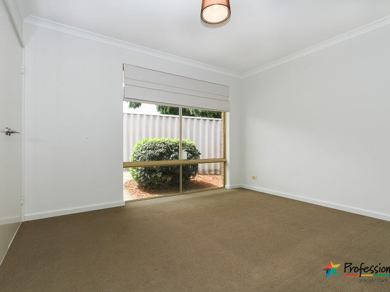 9 Monstera Court, Alexander Heights, WA 6064