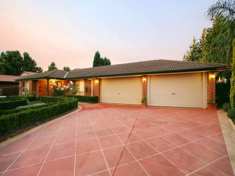 56 Severn Crescent, Rowville, Vic 3178