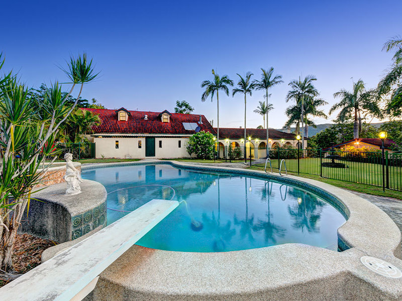 30 Richards Road, Camp Mountain, Qld 4520