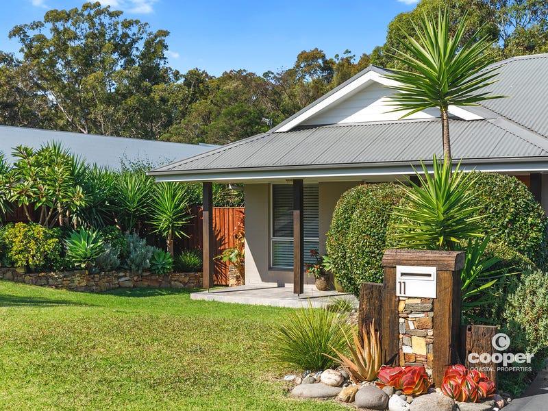 11 Wuru Drive, Burrill Lake, NSW 2539