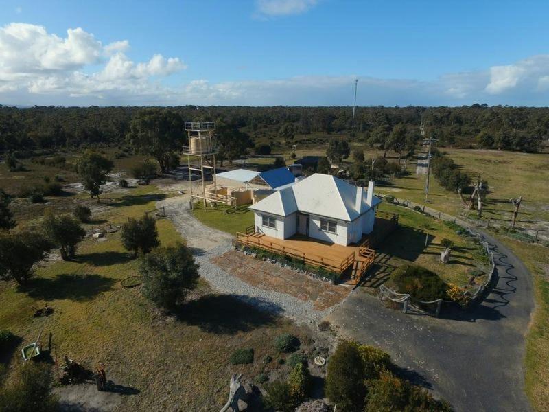 130 Old Port Foreshore Road, Port Albert, Vic 3971