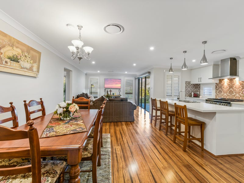 15 Silverwood Street, Gledswood Hills, NSW 2557