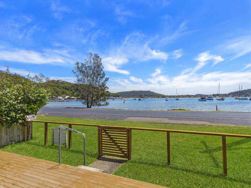 21 Pretty Beach Road, Pretty Beach, NSW 2257