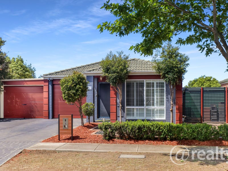 2 Beveridge Court, Point Cook, Vic 3030