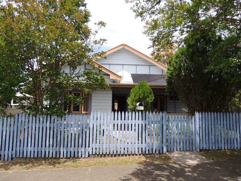 41 Queen Street, Gloucester, NSW 2422