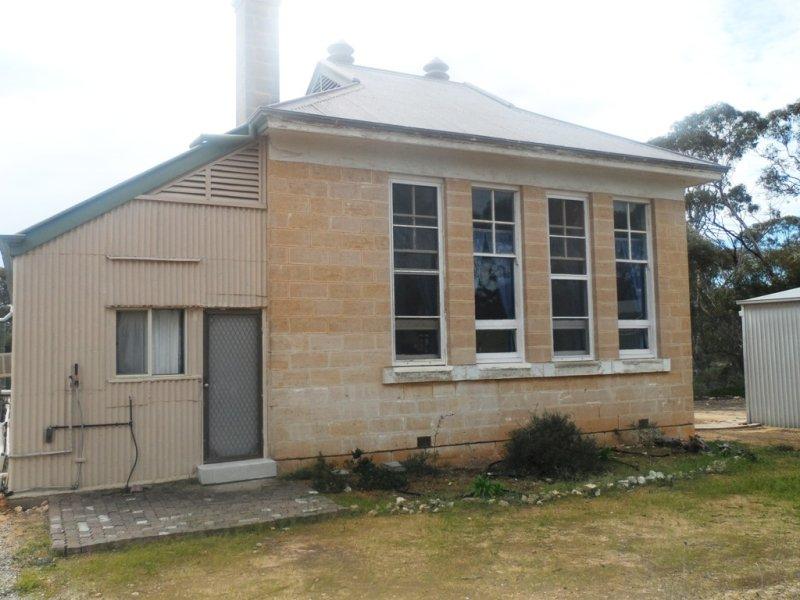 9 Charleson Road, Wanbi, SA 5310