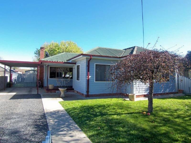 23 Murray Street, Cootamundra, NSW 2590