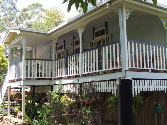 1 THOMAS STREET, Blackbutt, Qld 4314