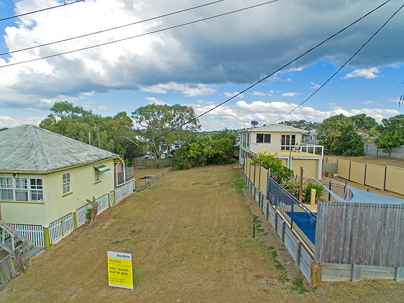 14 Pandanus Street, Cooee Bay, Qld 4703