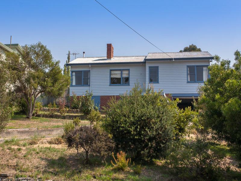 7 Riawena Road, Montagu Bay, Tas 7018