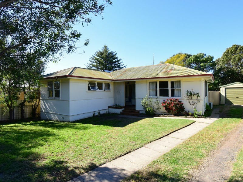 20 Young Avenue, Nowra, NSW 2541