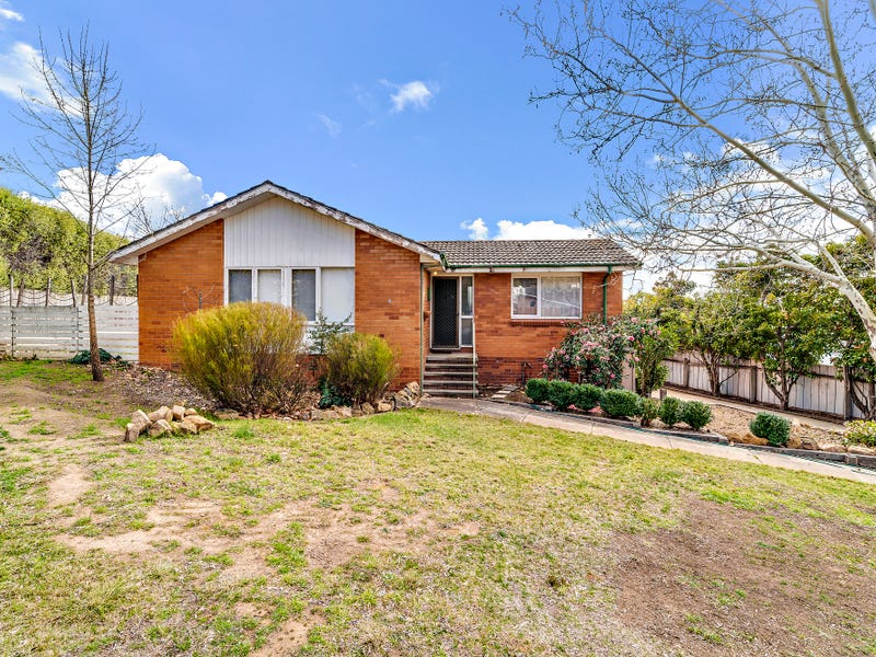 4 Welsh Place, Chifley, ACT 2606