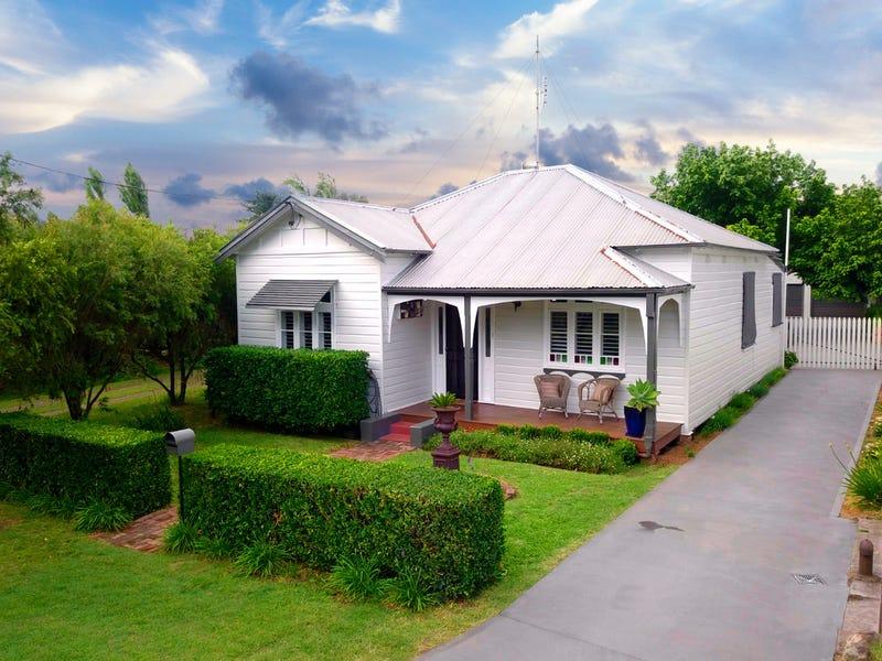 12 Matthew Street, Cessnock, NSW 2325