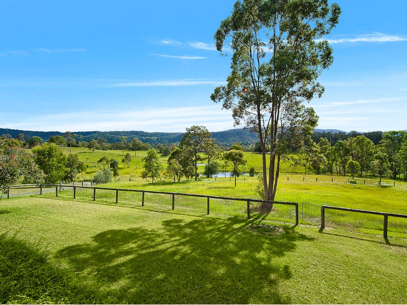 5 Parragilga Close, Wights Mountain, Qld 4520