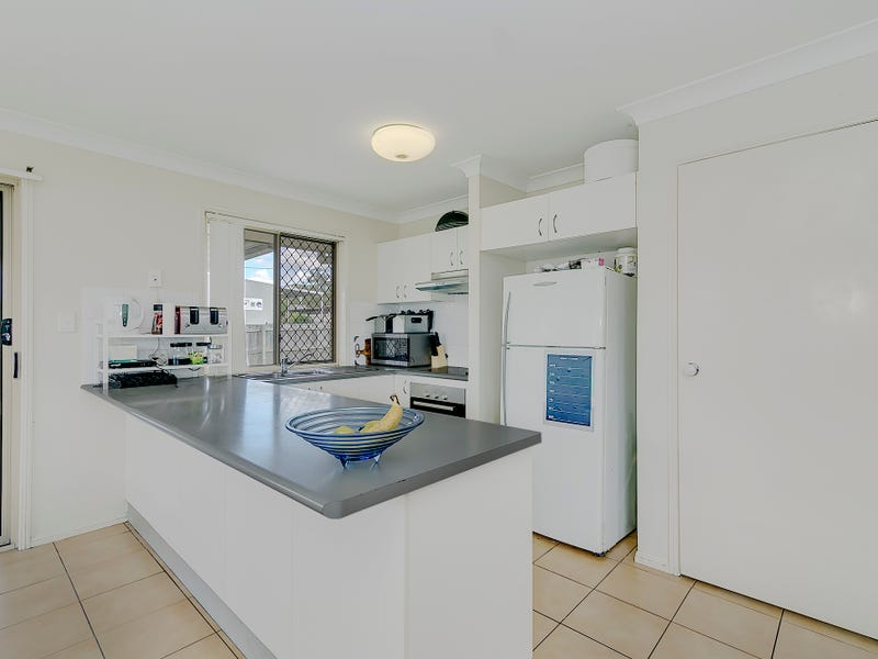 54 Waters Street, Waterford West, Qld 4133