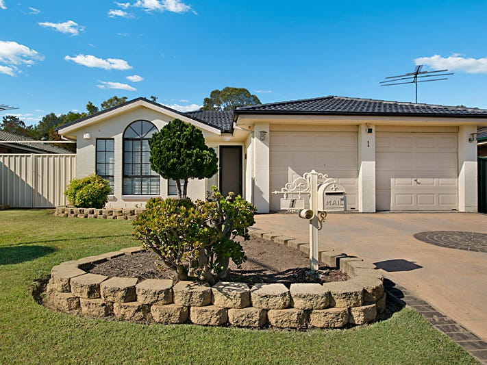1 Wilkinson Crescent, Ingleburn, NSW 2565
