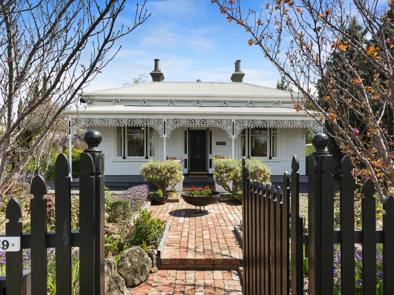 839A Hampton St, Brighton, Vic 3186