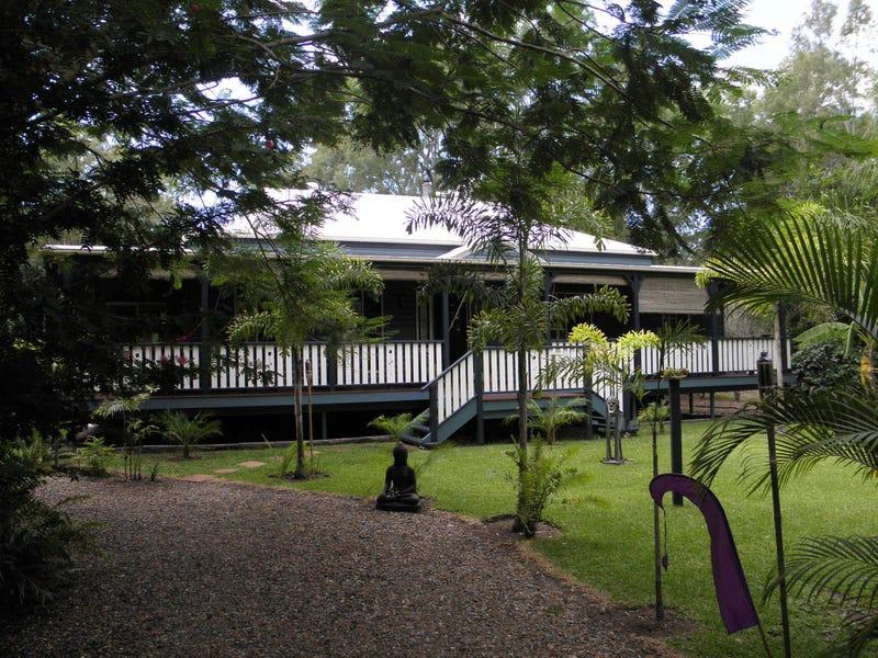 18 Plum Tree Crescent, Moore Park Beach, Qld 4670