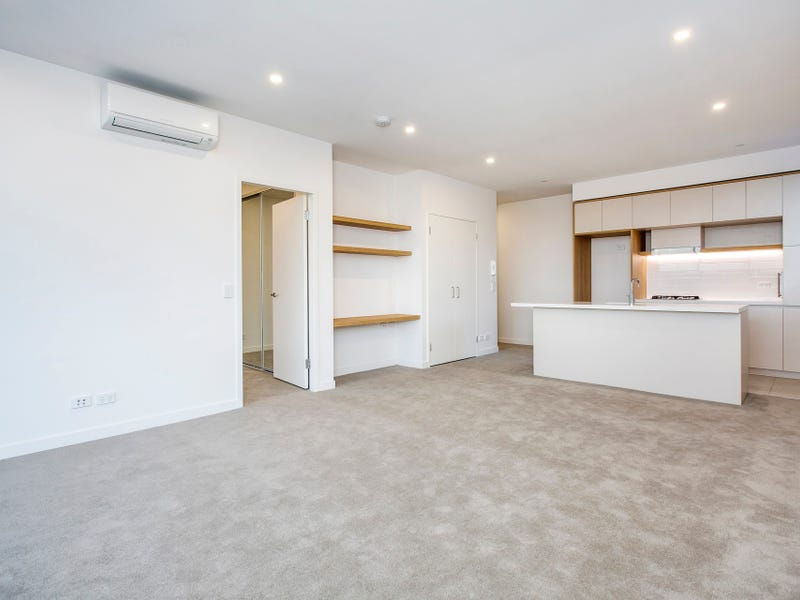 303/101B Lord Sheffield Circuit, Penrith, NSW 2750