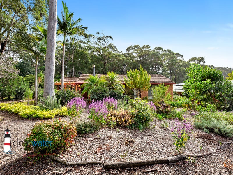 19 Lamont Young Dr, Mystery Bay, NSW 2546