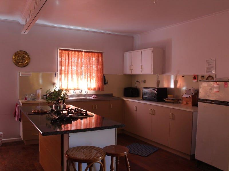 45 Flinders Street, Wakool, NSW 2710