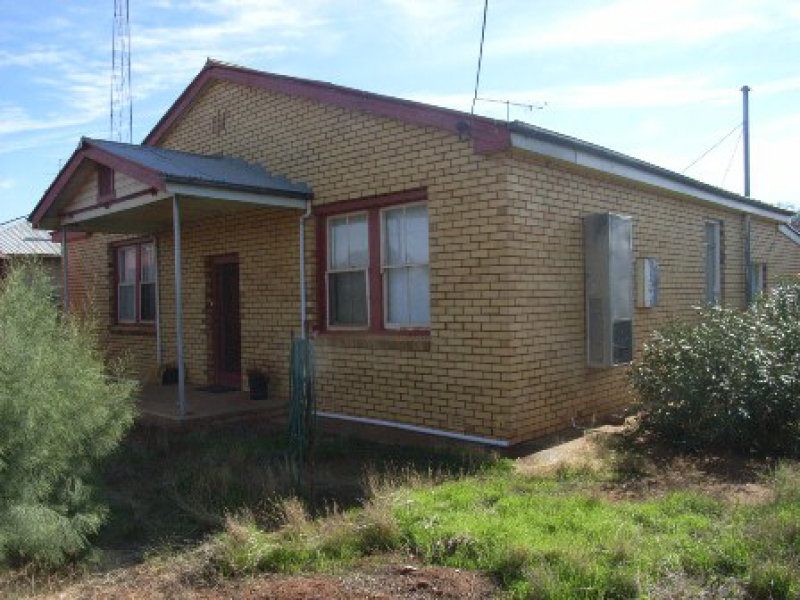 35 Caroon Street, Ungarie, NSW 2669