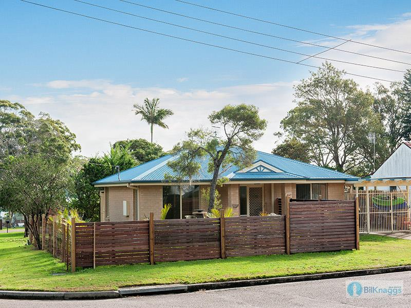 1 Leonard Ave, Shoal Bay, NSW 2315
