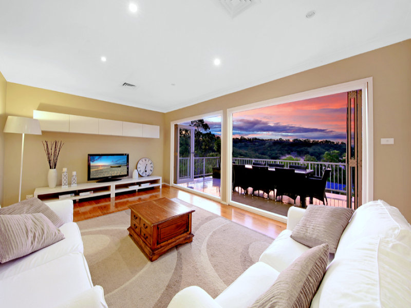10 Kapiti Street, St Ives Chase, NSW 2075