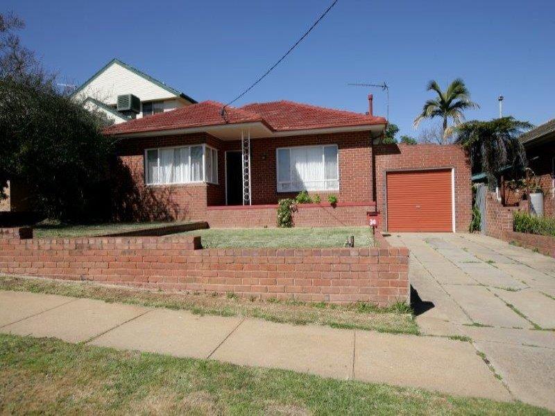 30 Hodson Avenue, Turvey Park, NSW 2650