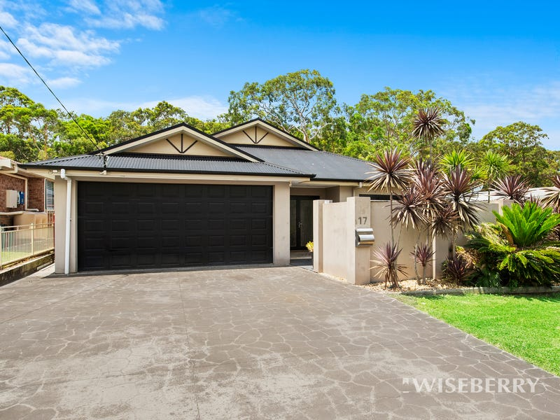 17 Trevally Avenue, Chain Valley Bay, NSW 2259
