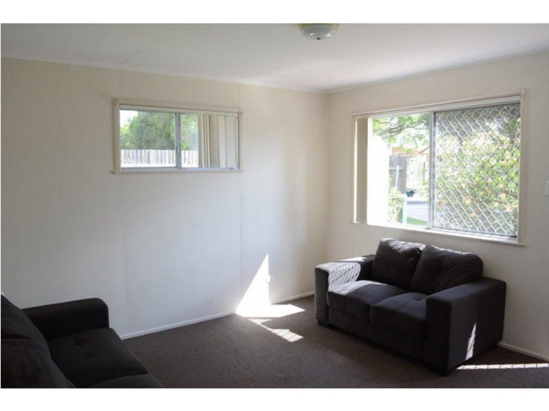 Unit a & Unit b/2 McKnight Street, Centenary Heights, Qld 4350