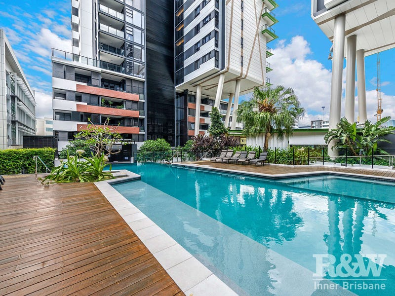 2027/9 Edmondstone Street, South Brisbane, Qld 4101