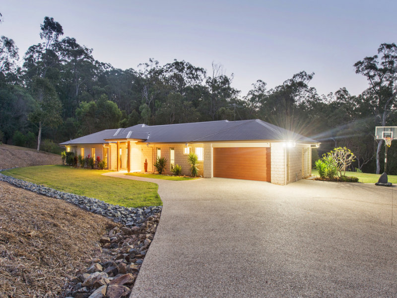 60 Crystal Creek Road, Willow Vale, Qld 4209