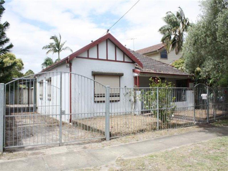 8 Innesdale Street, Wolli Creek, NSW 2205
