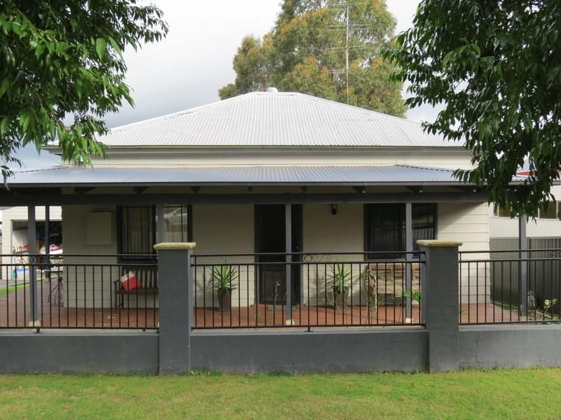 35 Hall Street, Cessnock, NSW 2325