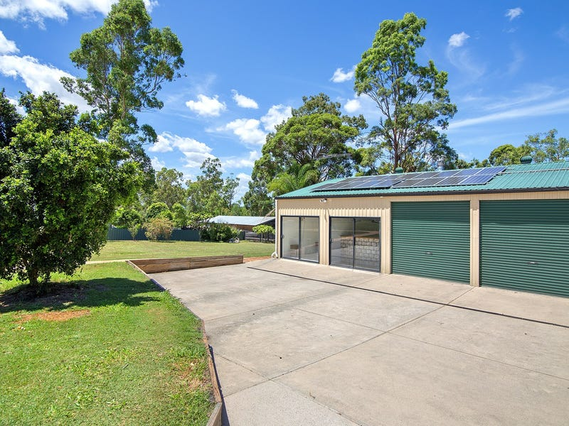 210-212 Equestrian Drive, New Beith, Qld 4124