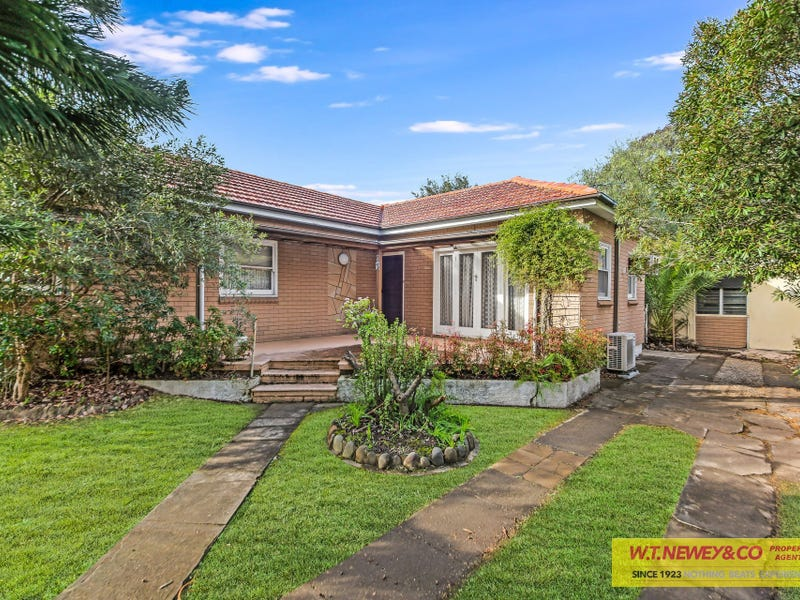 13 Beale Street, Georges Hall, NSW 2198