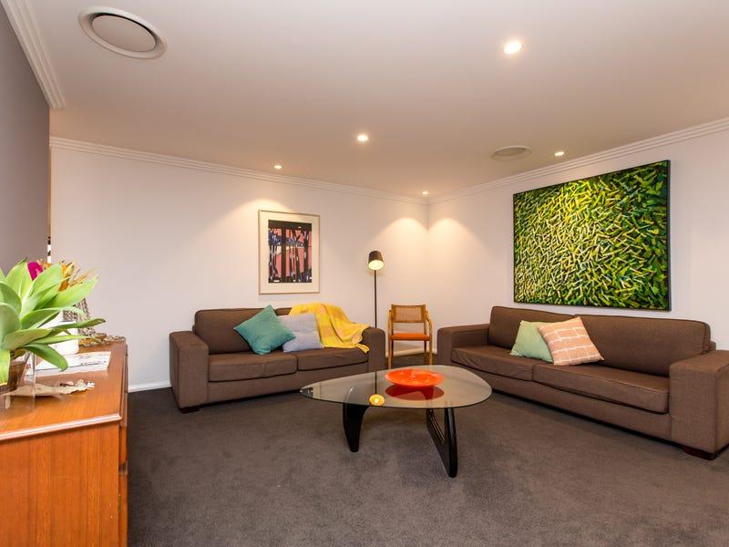 4 Koonawarra Place, Bourkelands, NSW 2650