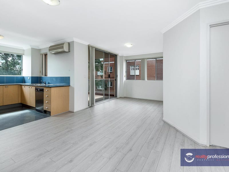 30/20-22 College Crescent, Hornsby