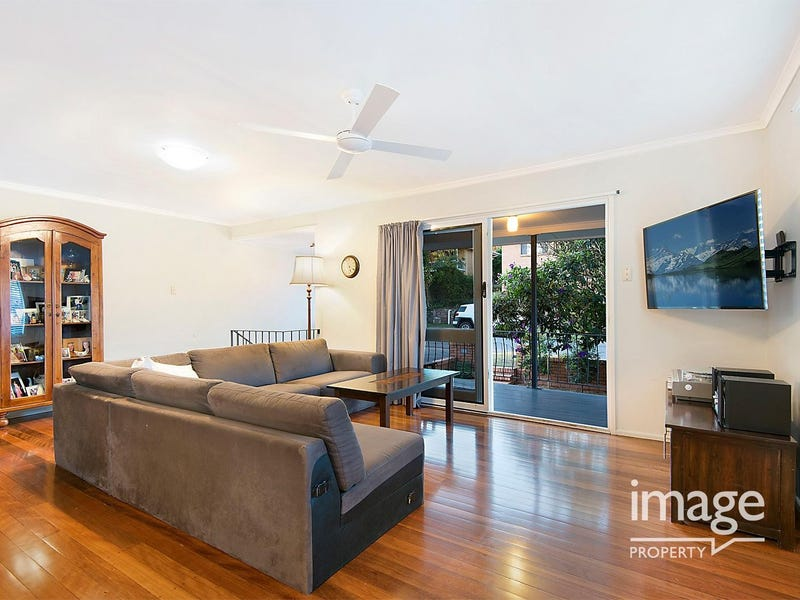 4 Guiness St, Everton Park, Qld 4053