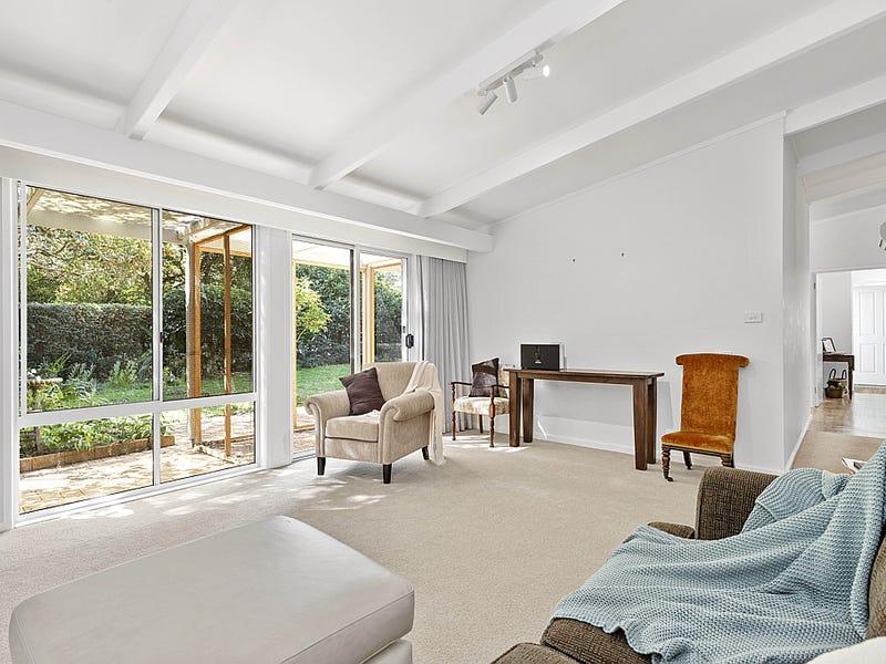 8 Pendula Place, Maloneys Beach, NSW 2536