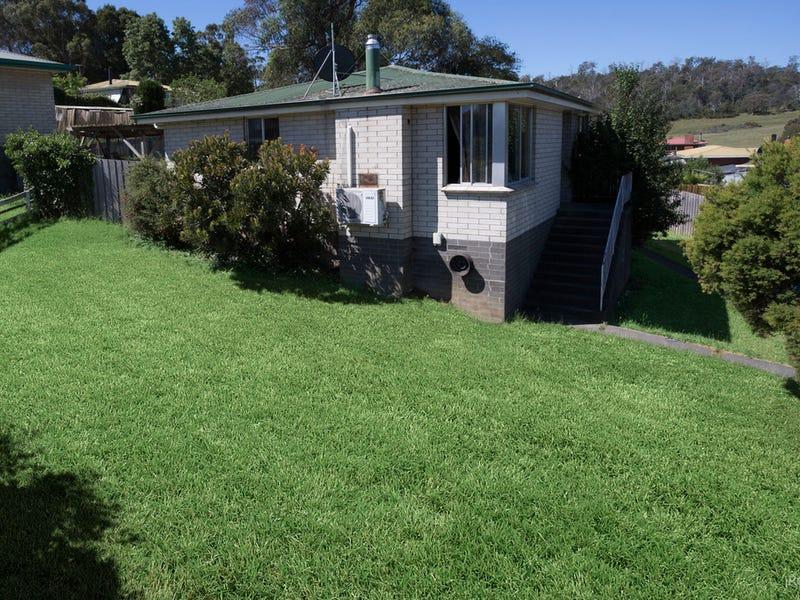 4 Emerald Place, Ravenswood, Tas 7250