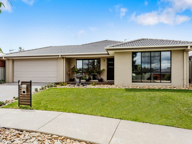 3 Klim Avenue, Kangaroo Flat, Vic 3555
