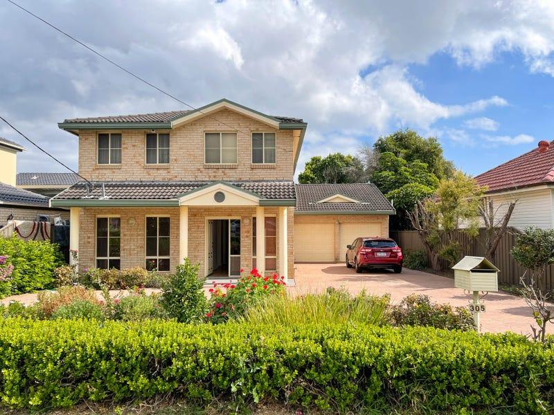 305 The Boulevard, Fairfield Heights, NSW 2165