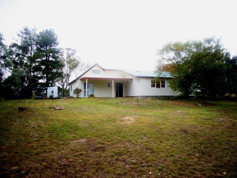 2225 Kingstown Rd, Uralla, NSW 2358