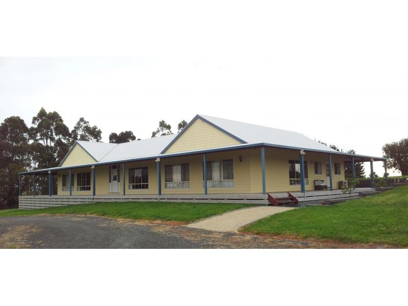 30 Jurys Road, Nyora, Vic 3987