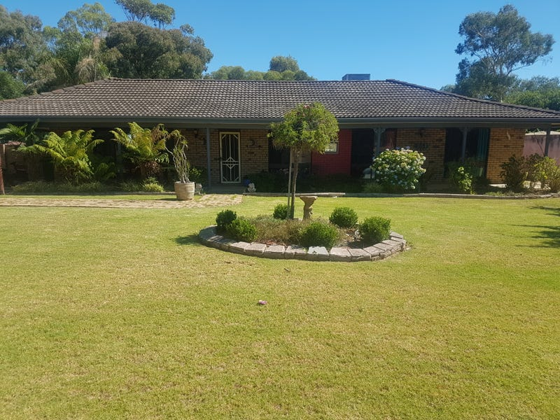 645 Dights Forest Road, Table Top, NSW 2640