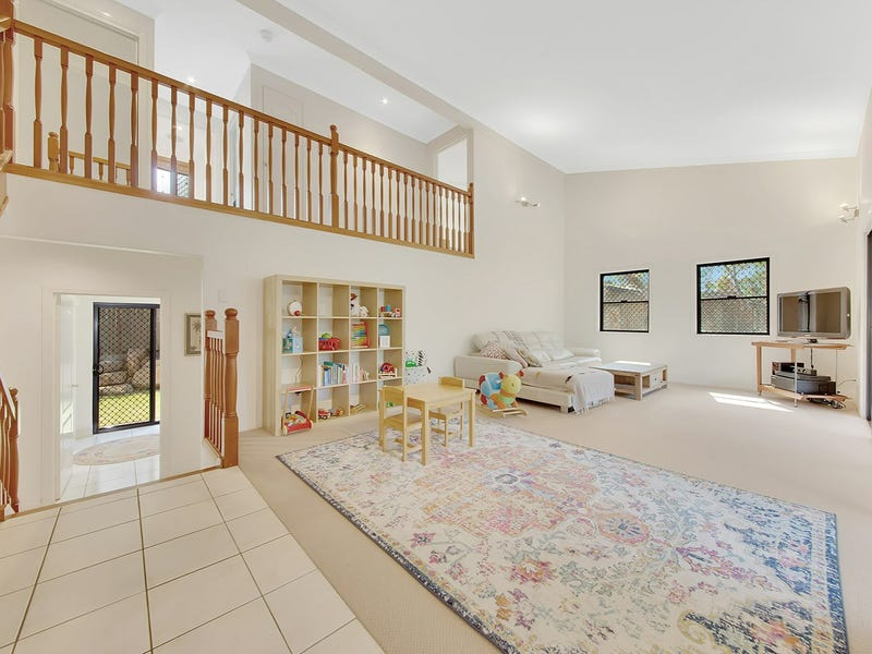 52 Oxley Drive, South Gladstone, Qld 4680