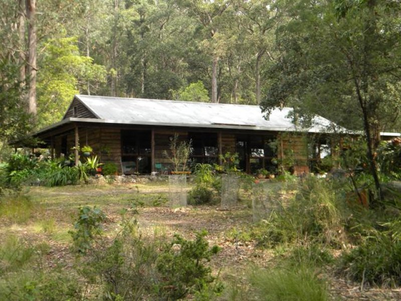 Address available on request, Cedar Brush Creek, NSW 2259